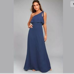 LULUS one shoulder flowy maxi dress M